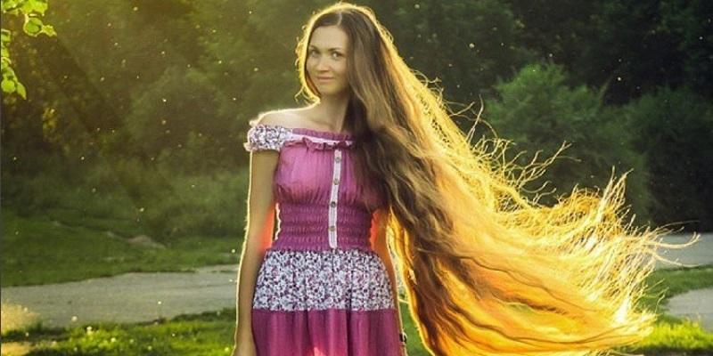 Secondo trimestre di gravidanza: sintomi più comuni - capelli lunghi
