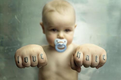 Nomi unici, particolari e moderni per un bambino maschio - bambino forte