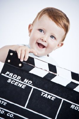 Nomi unici, particolari e moderni per un bambino maschio - bambino hollywood