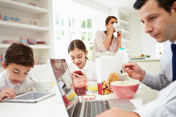Come controllare i cellulari dei figli? Con Google è facile. - famiglia digital